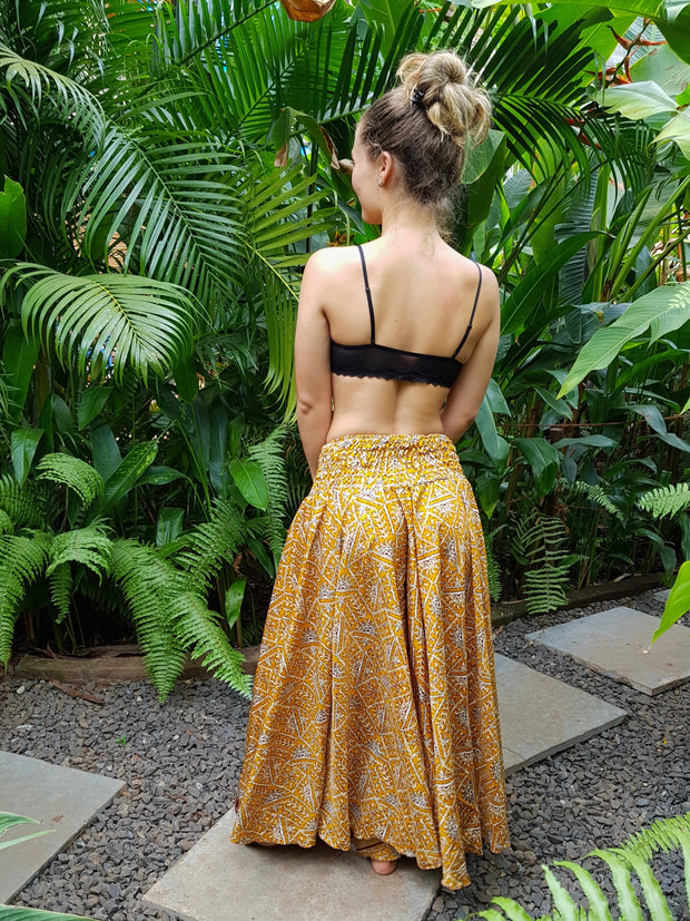 Bohemian wide soft flowey pants made from recycled fabrics. Mamma Nomad creates with Eco-friendly and Ethical values.