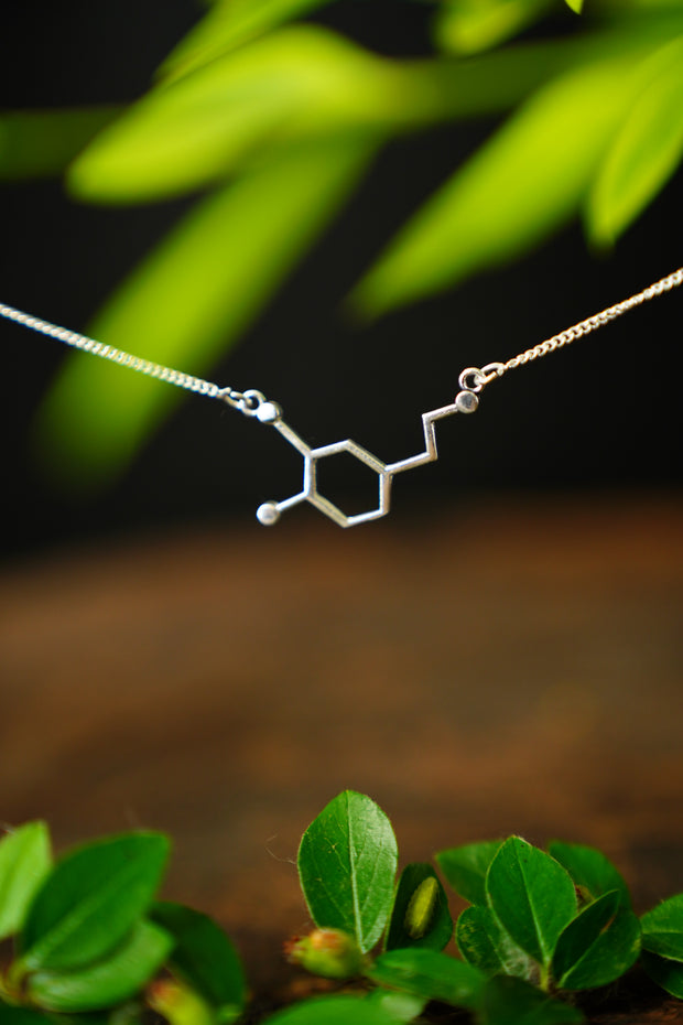 Molecule Necklace 'Dopamine'