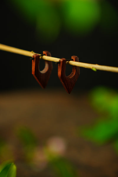 wooden Earrings 'segi tiga'