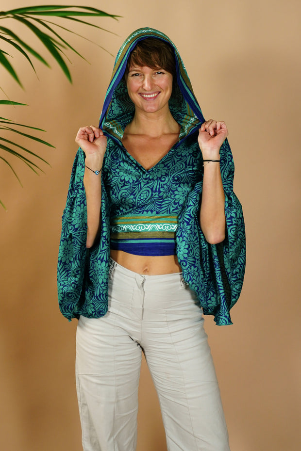 Cheeky Tie-top 'Alegria' with hood