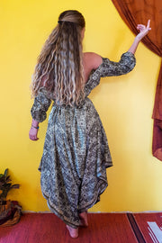 This beautiful gypsy style jumpsuit is made from recycled fabrics. Mamma Nomad makes clothing with Ethical and environment friendly values. Sustainable colorful fashion. Size XS to XXL. Eco fashion. Elegant and comfortable.