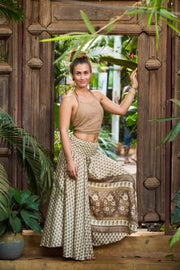 These beautiful hippie pants are made from recycled fabrics. Super comfortable and amazing to dance with. Mamma Nomad creates with ethical and environmental values. Eco-friendly clothing..