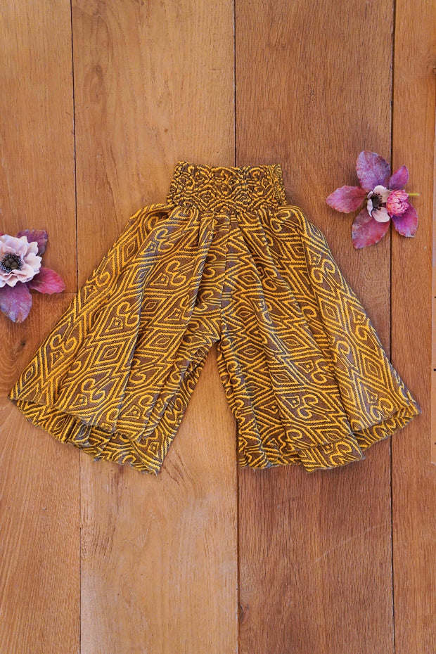 Environment friendly,  little hippie pants made from leftover fabrics. Mamma Nomad: Sustainable Ethical yet affordable children's clothing.