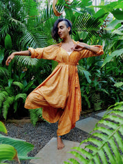 Mamma nomad Jumpsuit made from recycled fabrics, with sleeves, big sizes.