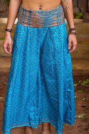 Beautiful colorful pants from Mamma Nomad. Handmade with love.