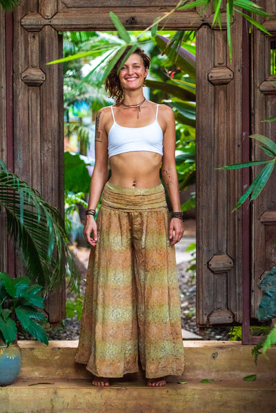 This beautiful boho chic style pants are made from recycled fabrics. Very comfortable and elegant.  Sustainable fashion for a affordable price. Mamma Nomad creates with ethical and eco-friendly values.