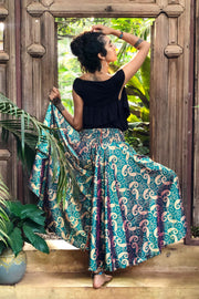 Turquoise trousers or pants that look like a skirt. Sustainable, eco friendly fashion. Mamma Nomad - Mama Nomad: Ethical slow fashion.