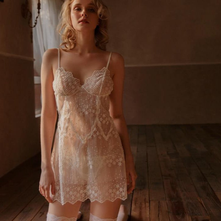 Moria's Embroidery Nightdress
