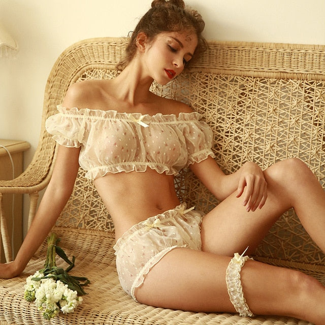 Agatha's Vintage Sheer Set