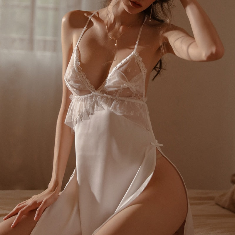 Amanda's Lace Nightdress