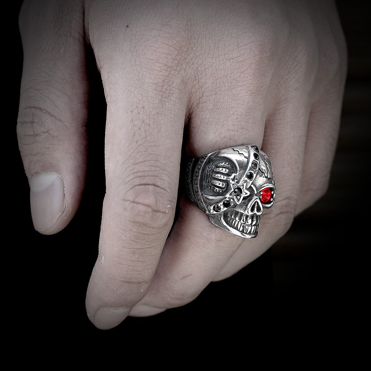 Red Eye Warrior Skull Punk Rock Gothic Ring for Biker