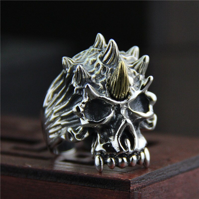 925 Silver Antique Large Skull Ring (Re sizable)