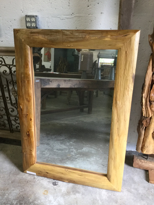 Livo Rectangular Mirror