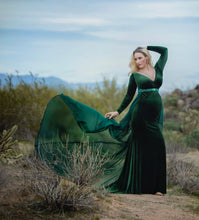 Load image into Gallery viewer, Velvet Evelyn Style Maternity Gown