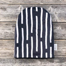 Load image into Gallery viewer, Charcoal Line Toque - Royal Minky Canada