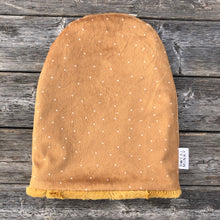 Load image into Gallery viewer, Driftwood Dot Toque - Royal Minky Canada