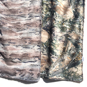 Green Camo Minky Blanket - Pewter Fox - In Stock - Royal Minky Canada