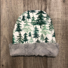 Load image into Gallery viewer, Pine Tree Toque - Royal Minky Canada