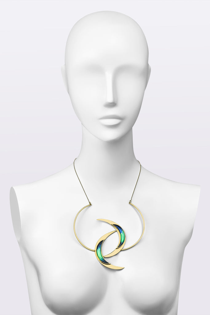 HALF-MOON LOVE Necklace
