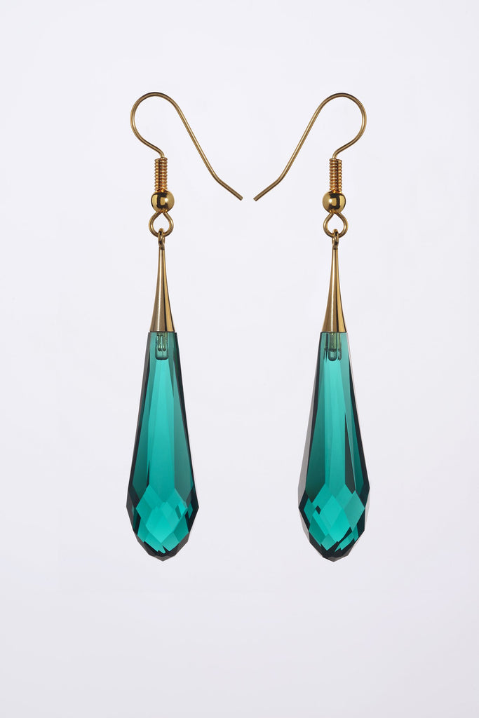 EMERALD coloured Teardrop earrings