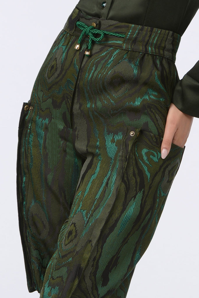 Swirl combat trousers details