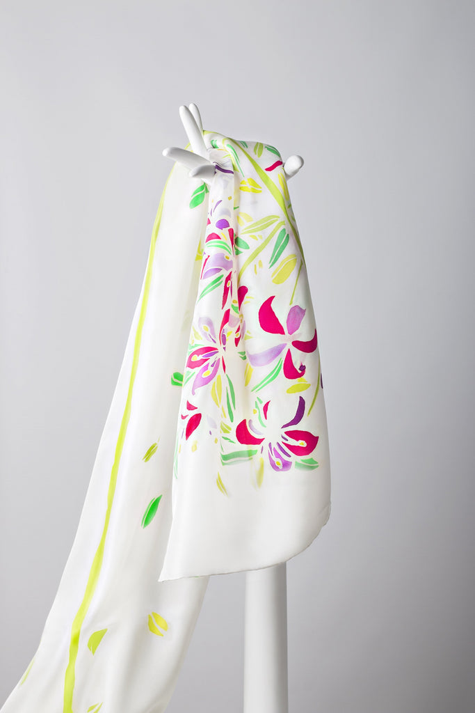 LILY OF THE INCAS Hand-painted shawl