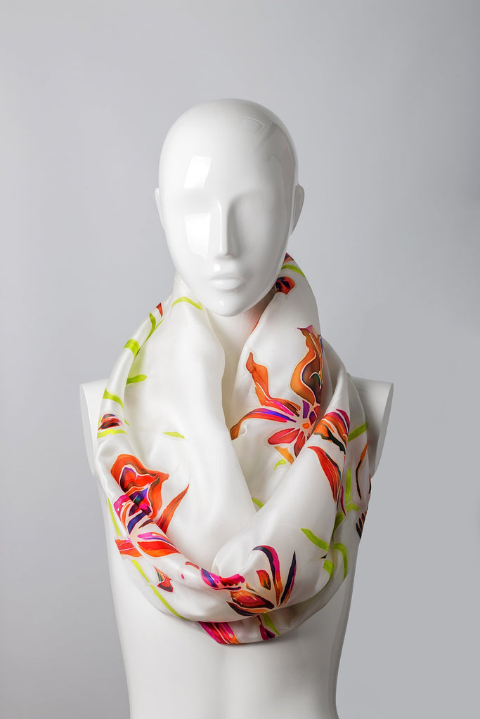 NUNS CAP ORCHID Hand-painted shawl