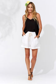 Baha Shorts in colour Coconut