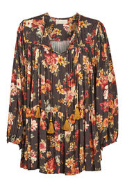 Isle of Mine Dawn Tassel Top - Wildflower