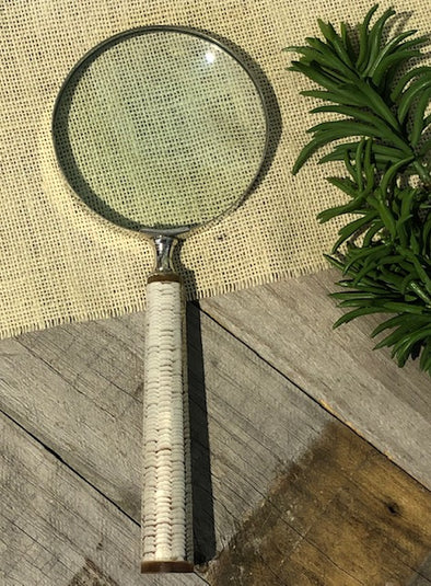 Narooma Magnifying Glass