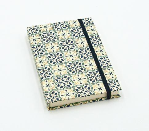 Kartos Quadrilobo Notebook 9x13cm with Elastic Closure