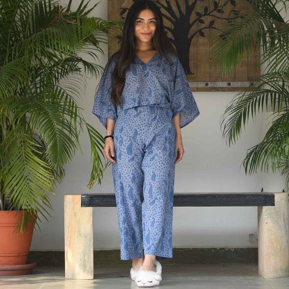 Wood Block Fish Nightwear