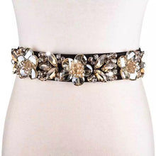 Load image into Gallery viewer, Floral Crystal Decorated Elastic Belt - BEYAZURA.COM