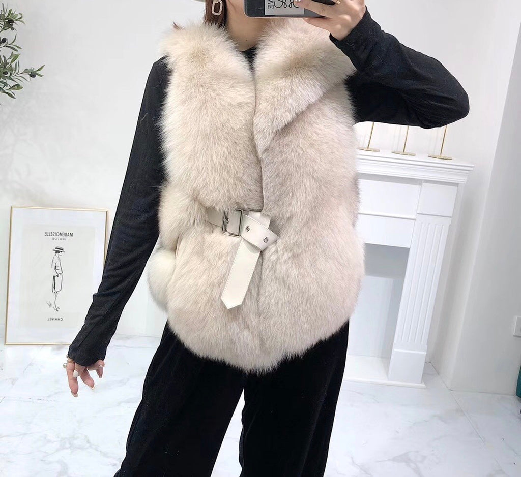 Luxury Soft Fox Fur Gilet With Leather Belt - BEYAZURA.COM