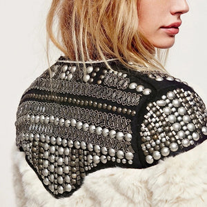 Light Faux Fur Studded Jacket - BEYAZURA.COM