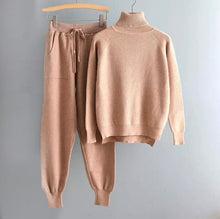Load image into Gallery viewer, Soft Ribbed Long Sleeve Turtleneck Top and Jogging Pant Co Ord Set - BEYAZURA.COM