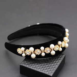 Lux Baroque Crystal And Pearl Black Headbands - Beyazura.com