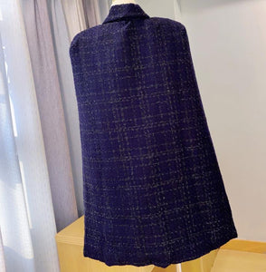 Tweed Long Lapeled Cape Top With Belt and Brooch - BEYAZURA.COM