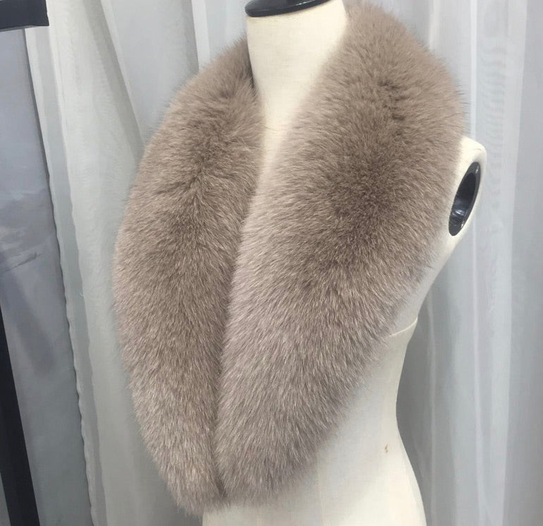 LONG WOOL CASHMERE COAT WITH REMOVABLE FOX FUR TRIMS