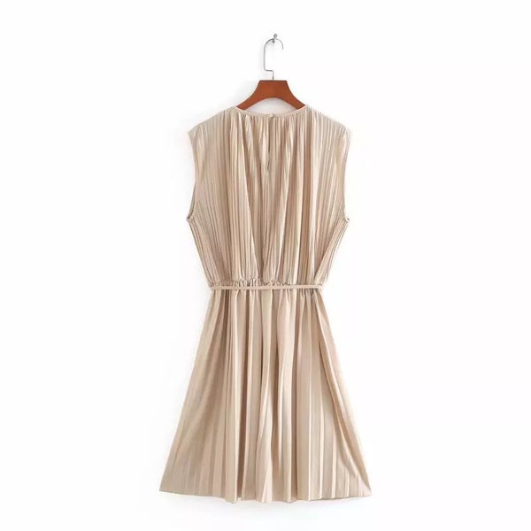 Beige Pleated Sleeveless Dress - Beyazura.com