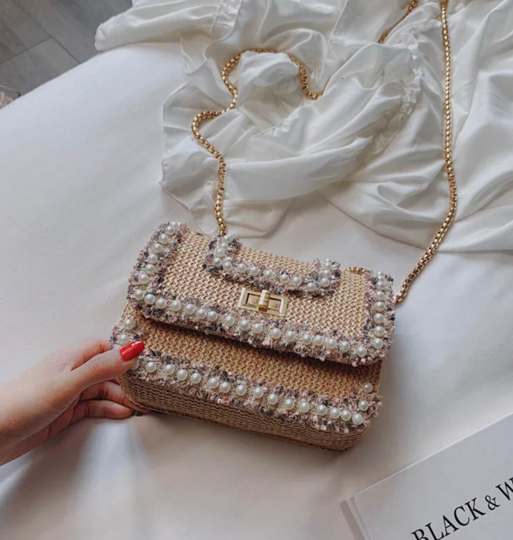 PEARL AND GOLD TRIMMED TWEED FLAP HANDBAG - BEYAZURA.COM