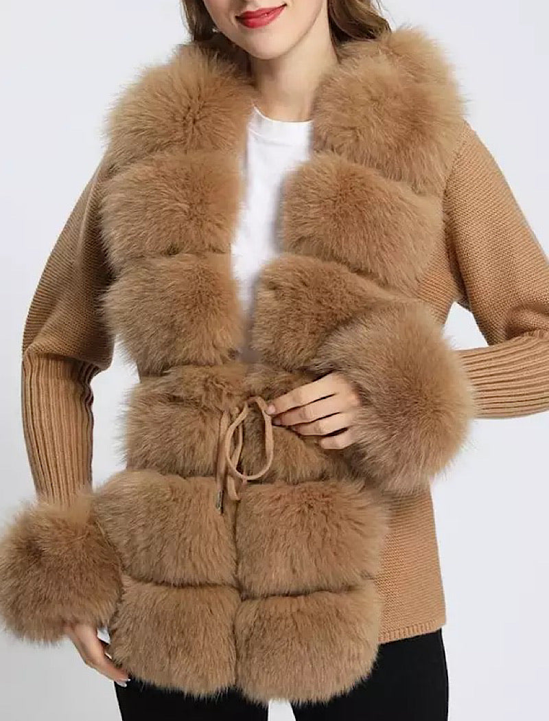 Brown Detachable Fox Fur Trimmed Ribbed Knit Sweater - BEYAZURA.COM