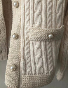 Chain Stitch Warm Sweater With Pearl Buttons - Beyazura.com