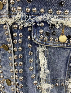 Detachable Fur Trimmed Blue Denim Jacket With Studs - Beyazura.com