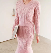 Load image into Gallery viewer, Pink Cable Knit Mermaid Skirt and V Neck Sweater Co Ord Set - BEYAZURA.COM