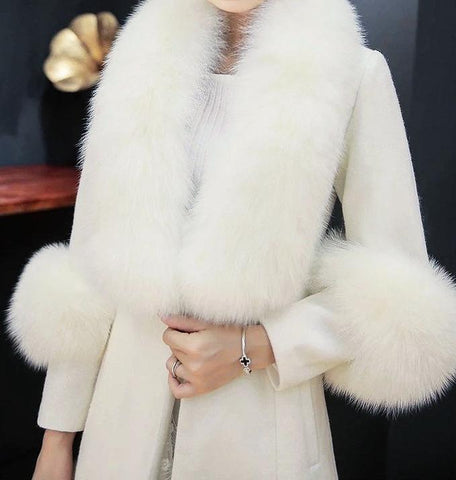Long Wool Coat With Fox Fur Trims - BEYAZURA.COM