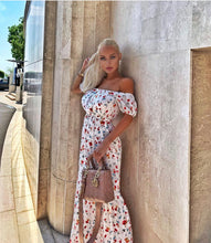 Load image into Gallery viewer, Floral Maxi Dress - BEYAZURA.COM