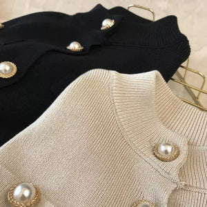 Lux Ribbed Knit Pearl Buttoned Cardigan - BEYAZURA.COM
