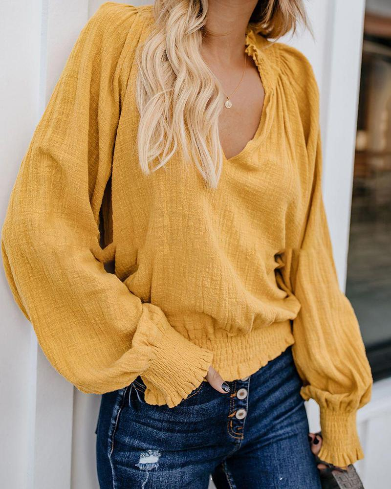 Wrinkle V-neck Blouse
