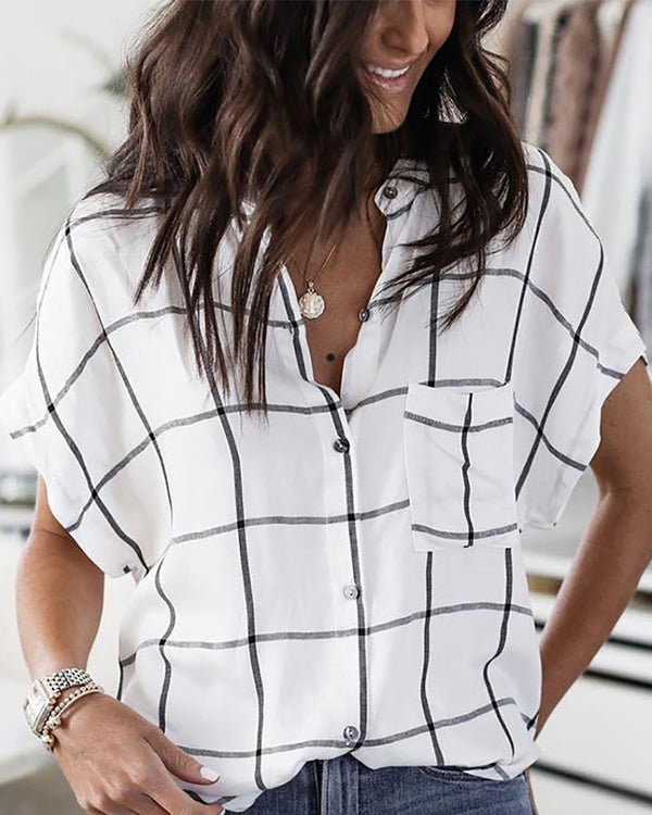 Loose Short Sleeved Plaid Top